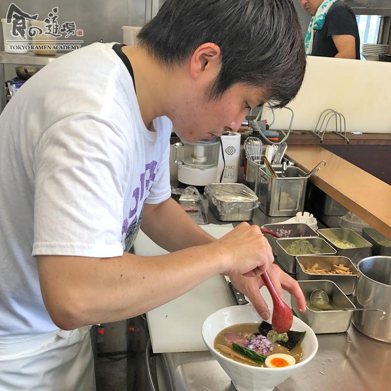 食の道場 81期 外間さん 卒業ラーメン 濃厚豚骨魚介ラーメン 004