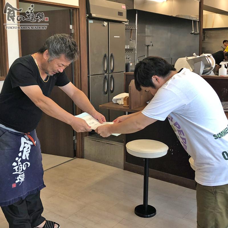 食の道場 81期 外間さん 卒業ラーメン 濃厚豚骨魚介ラーメン 006